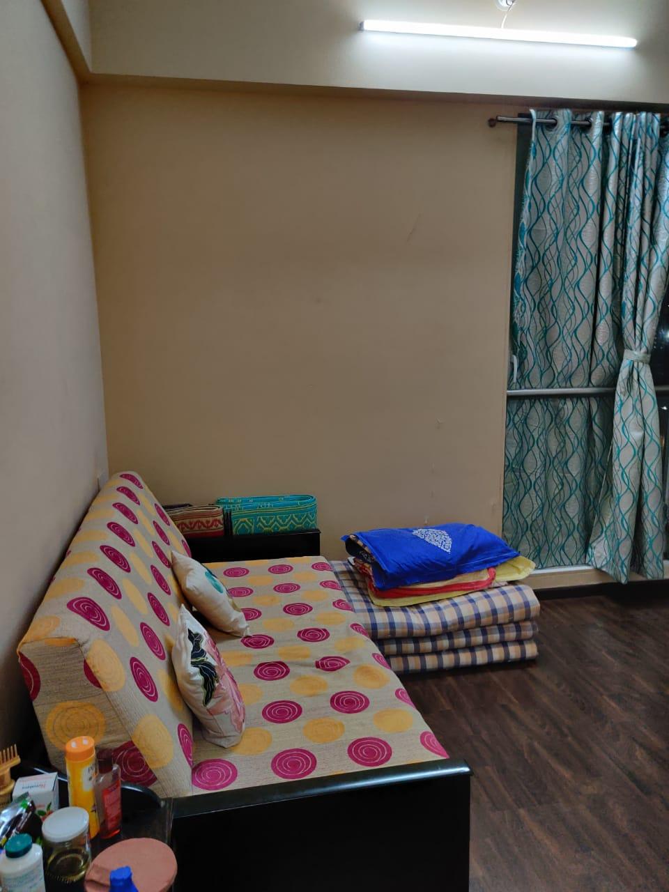 2 Bhk for Sale in Dadar West @ 3.10 Cr