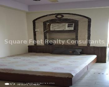2 Bhk for sale in Marine Drive @5.25 Cr