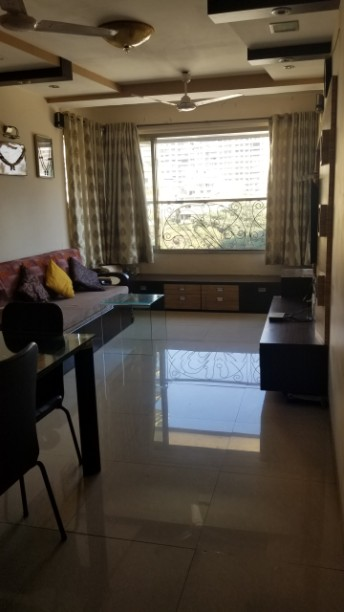 2 Bhk for Sale in Napeansea Road 3.50 Cr