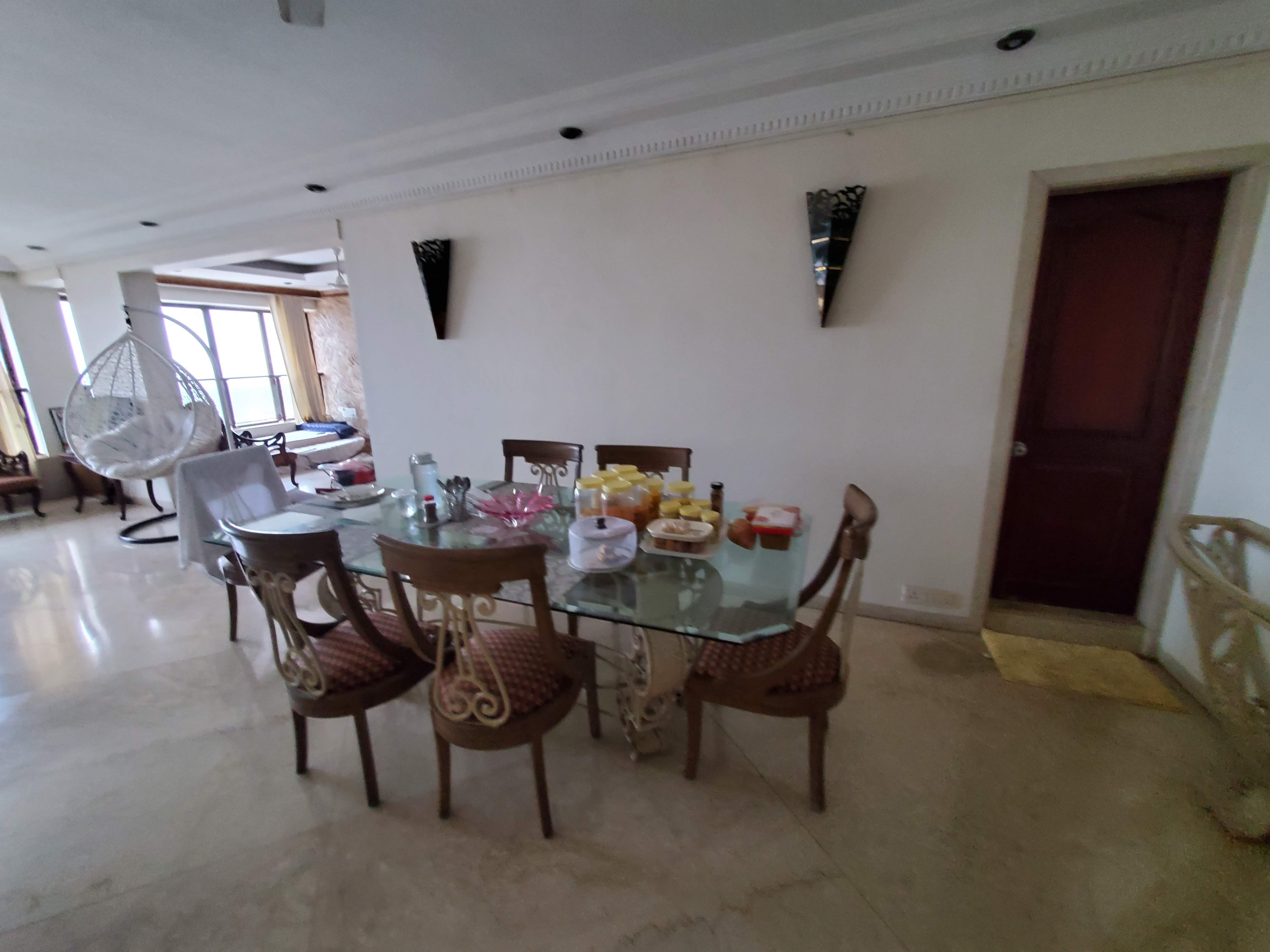 2 Bhk for Rent in Pedder Road @ 2.50 Lac
