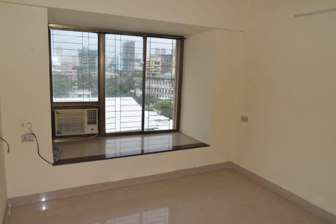3 Bhk for Rent in Prabhadevi @ 1 Lac