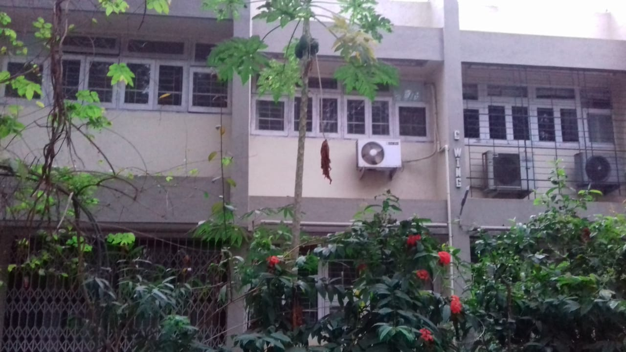3 Bhk for Rent in Prabahdevi @2.50 Lac