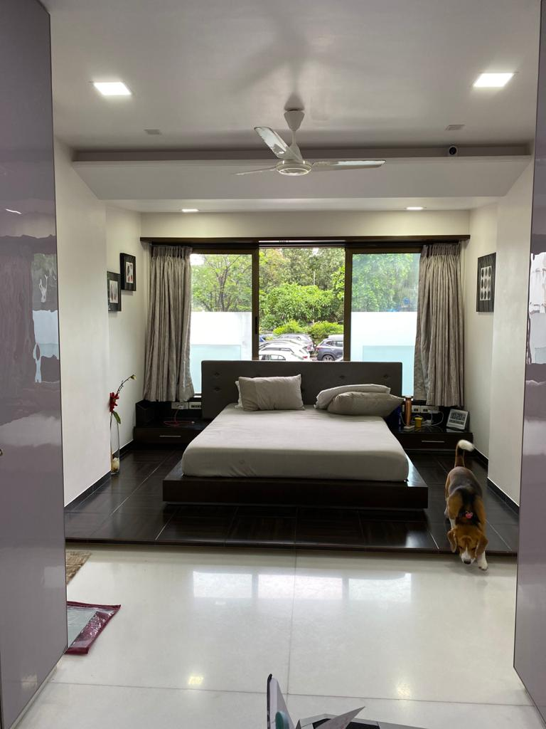 3.5 Bhk for Sale in Napeansea Road @9 Cr